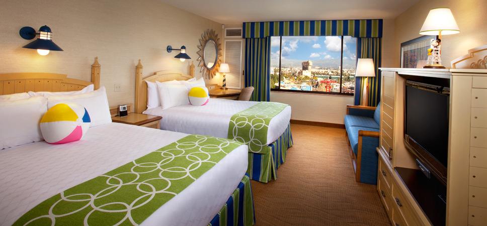 Disneyland Hotels Paradise Pier Growing Up Goofygrowing