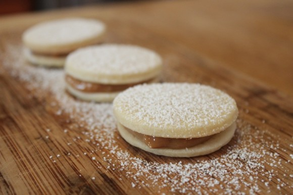 Dulce de Leche Butter Sandwich Cookie #shop #cbias #holidaybutter