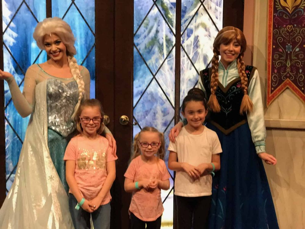 Visiting Anna & Elsa in Disney California Adventure. #Disneyland