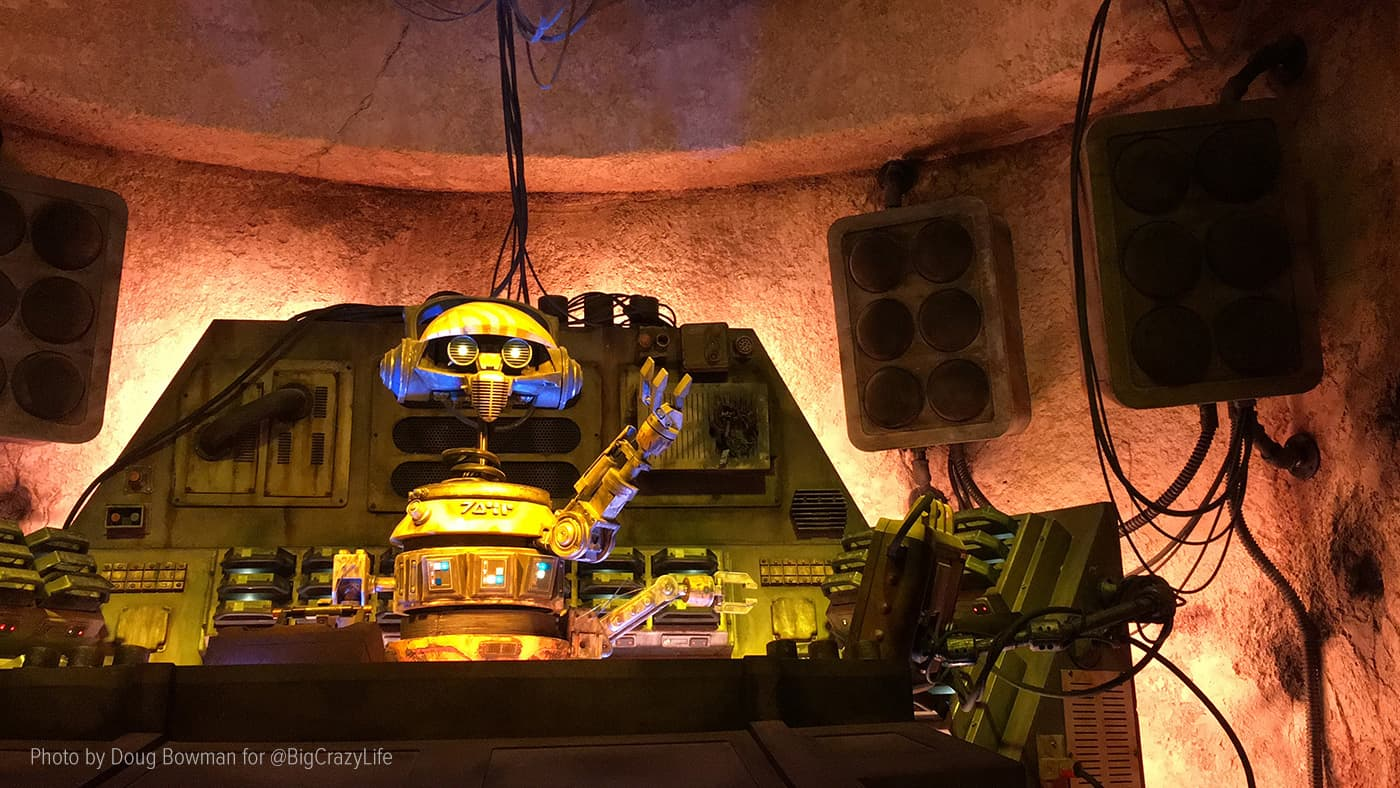 An animatronic DJ R-3X spins tunes at Oga's