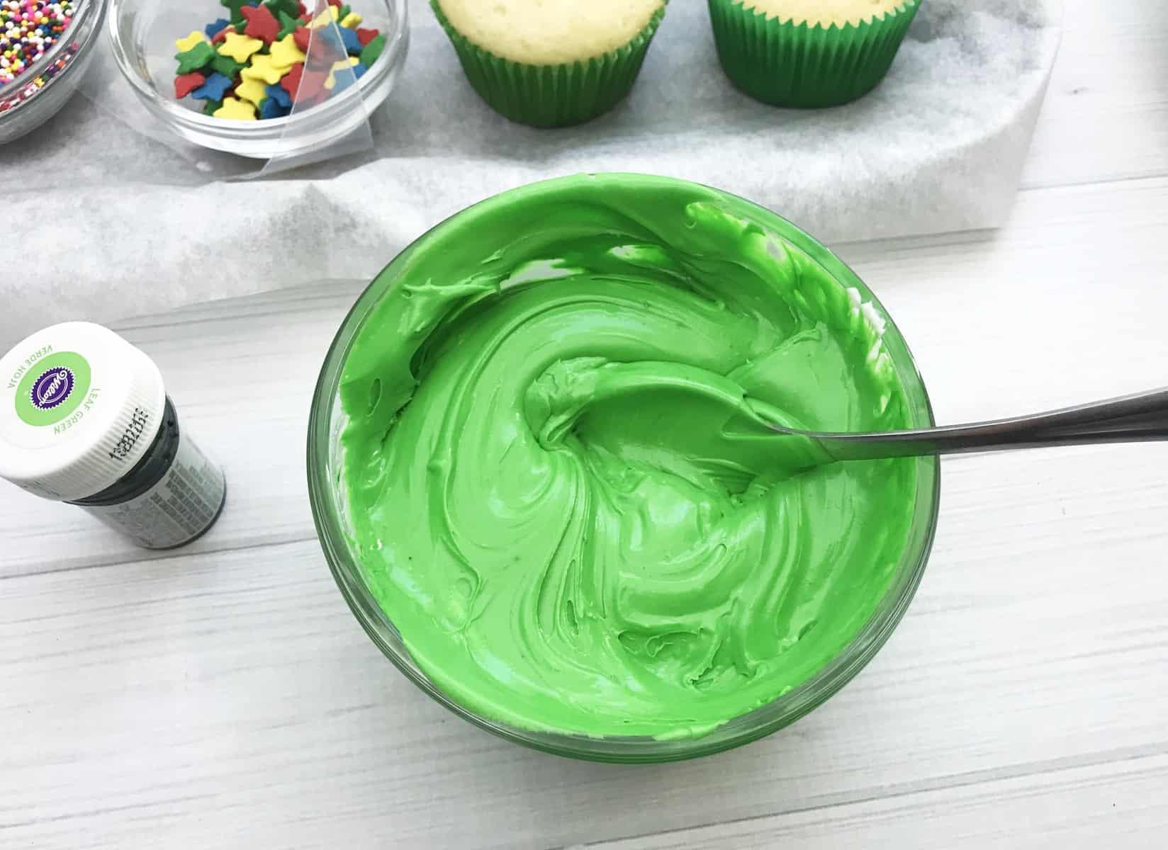 green cupcake batter